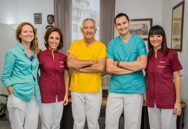 Staff Studio medico dentistico De Santis Brindisi